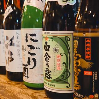 魚に合うお酒をご用意。純米吟醸江戸開城もございます。