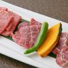 焼肉せんりゅう - 料理写真:味わい盛合せ