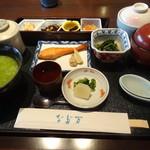 13942810 - 茶粥の和朝食膳(3,003円)