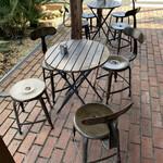 ワールドカフェ - テラス席