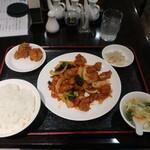 中国料理 佳華園 - 料理写真:鶏肉四川風辛味炒め