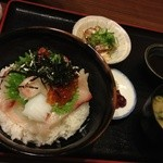 13943054 - 海鮮丼セット900円