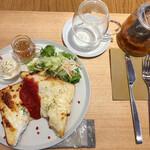 カフェ マルガパーネ - 2種のチーズのクロックムッシュ(800円)