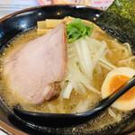 ラーメン神蔵 - 料理写真: