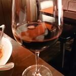 ワイン厨房 tamaya - グラス赤ワイン メルロー 680円