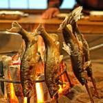 柳家 - 鮎の塩炭火焼