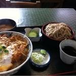 鶴亀そば - 料理写真:カツ丼セット880円