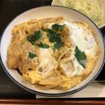 139481515 - 卵でとじた王道ロースカツ丼!