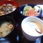 Tsukiusagi - お昼のセット