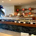 ネストホテル レストラン - 2020年10月末 小鉢にラップかホットケースにてサーブされる。