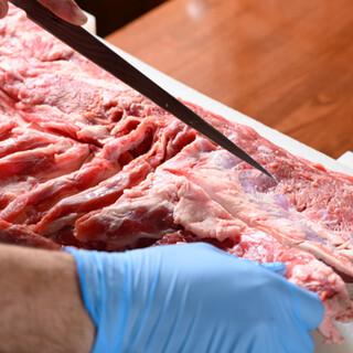 <鮮度抜群&種類豊富>枝肉で仕入れる羊肉は切りたてをお届け◇