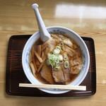 味龍 - ワンタン麺