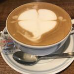 #702 CAFE&DINER - カフェラテ