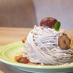 RICH - 料理写真:【2020.10】モンブランスフレパンケーキ(1,280円+税)