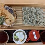 Sobadokoro maruhachi - へぎそば + 天ぷら盛り合わせ