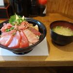 139550600 - 鮪三昧丼