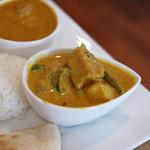 イオンヤ - インドランチの野菜カリー