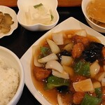 燕京飯店 - 酢豚定食