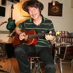 トコナツ屋 - 国内屈指のギタリスト、堀尾和孝氏