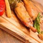 個室 肉バルVS魚バル DESIGN FOOD MARKET -