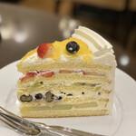 ハーブス - フレッシュフルーツケーキ