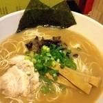 らーめん縁 - 料理写真:とんこつ細麺