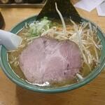 らーめん初代 - 味噌ラーメン+モヤシ
