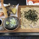 生そば 紅葉亭 - 料理写真: