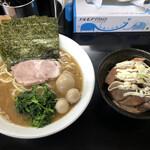 板橋家 - 料理写真:味玉ラーメンな並  チャーシュー丼350円