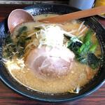 丸豆 - 料理写真:味噌らーめん