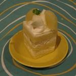 SHUN  - 旬のショートケーキ(今回はグレープフルーツ:400円)