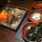 韓国料理 MUN -