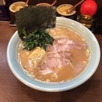 寿々喜家 - 料理写真:中+チャーシュー 1,100円