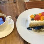 ケーキ パスタ&バール いすずカフェ - 料理写真:ケーキセット