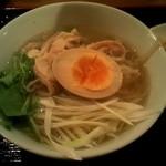 日本橋焼餃子 - 鶏そばアップ