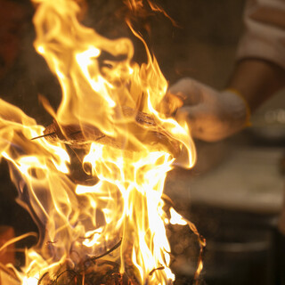 【名物】藁焼き