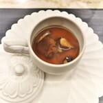 蓮心 - キノコの茶わん蒸しにとろとろスープ。