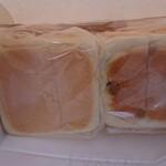 グッドブレッド ラ・パン - 生食パン(S)とレーズン食パン