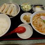 """百番 - """"焼き餃子定食"""""""