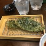酒と肉天ぷら 勝天 - 豚バラの青さ天ぷら