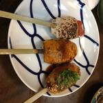 酒と肉天ぷら 勝天 - つくね3種