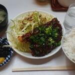 季節料理 西田 - みそカツ¥850-