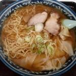 大来軒 - ワンタン麺(650円也) 大きめのワンタンたっぷり♪