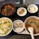 三熙 - 麻婆豆腐定食&ライスを炒飯(大)に変更
