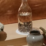 139667973 - 冷酒は京都伏見の澤屋まつもと守破離、素敵なガラス瓶