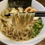 中華そば むら田 - ワンタン麺+半熟味玉  ¥1070-