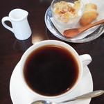 cafe なかちよ - モーニング・ドーナツセット