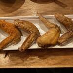 kisekinotebasakisarari-manyokochou - 追加注文の手羽先(4種)