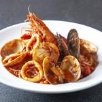 ピッツェリア アモリーノ - 料理写真:月替わりのパスタも楽しみに一つ