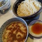 139696006 - 西成ホルモン風菊脂醤油馬鹿つけ麺